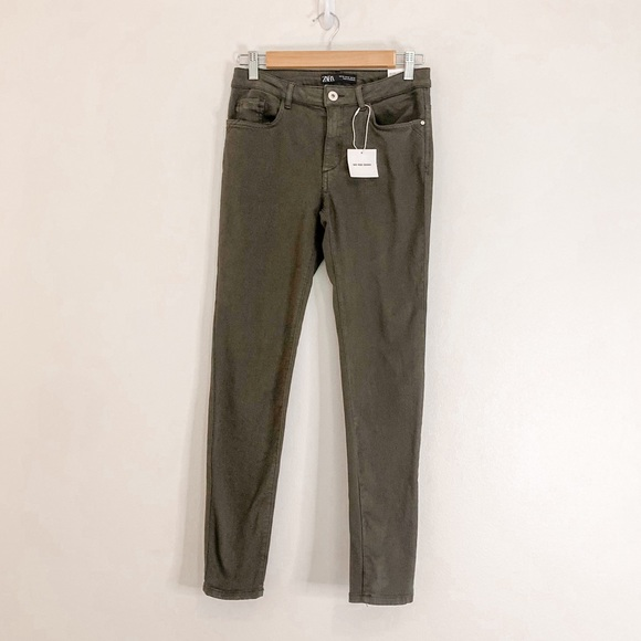 Zara Camo Green Mid Rise Skinny Jeans Size 6 NWT